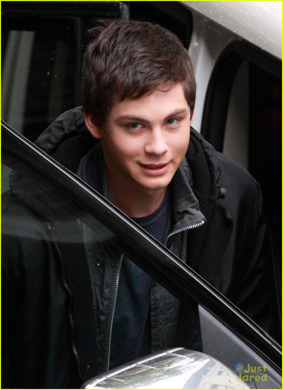 logan-brandon-pjo-filming-04b