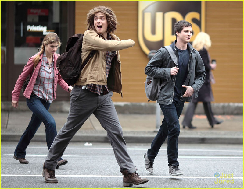 logan-brandon-pjo-filming-14b